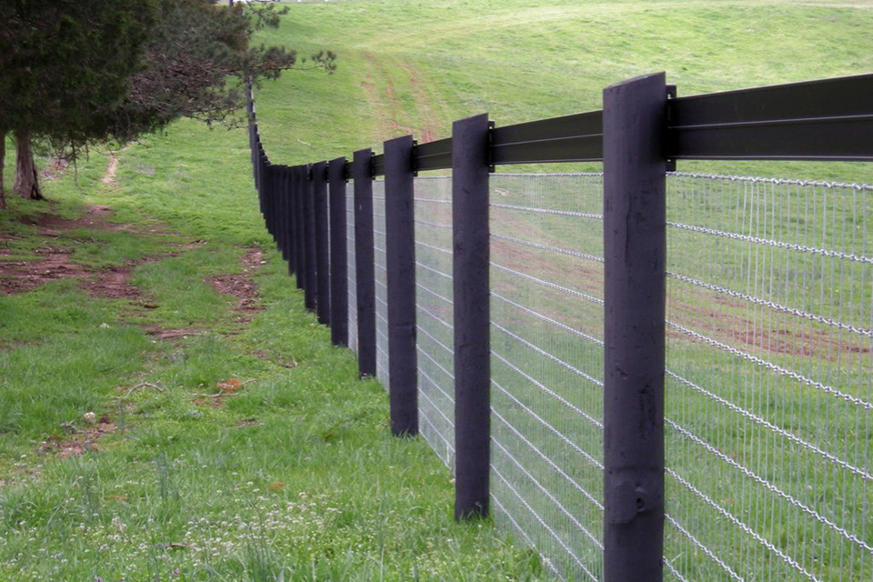 Stay-Tuff Cattle Fence